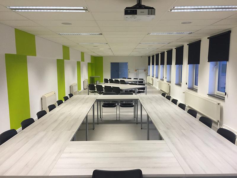 Reformar tu oficina y espacios de trabajo - Matura Reformas en general