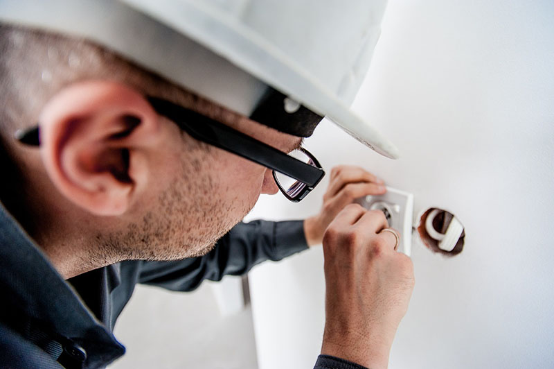 Electricista - Oficios de la Construcción - Matura Reformas