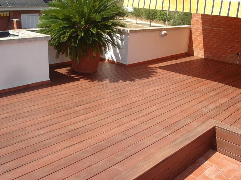 Suelos de exterior lo mejor la tarima matura for Suelos para terrazas exteriores leroy merlin